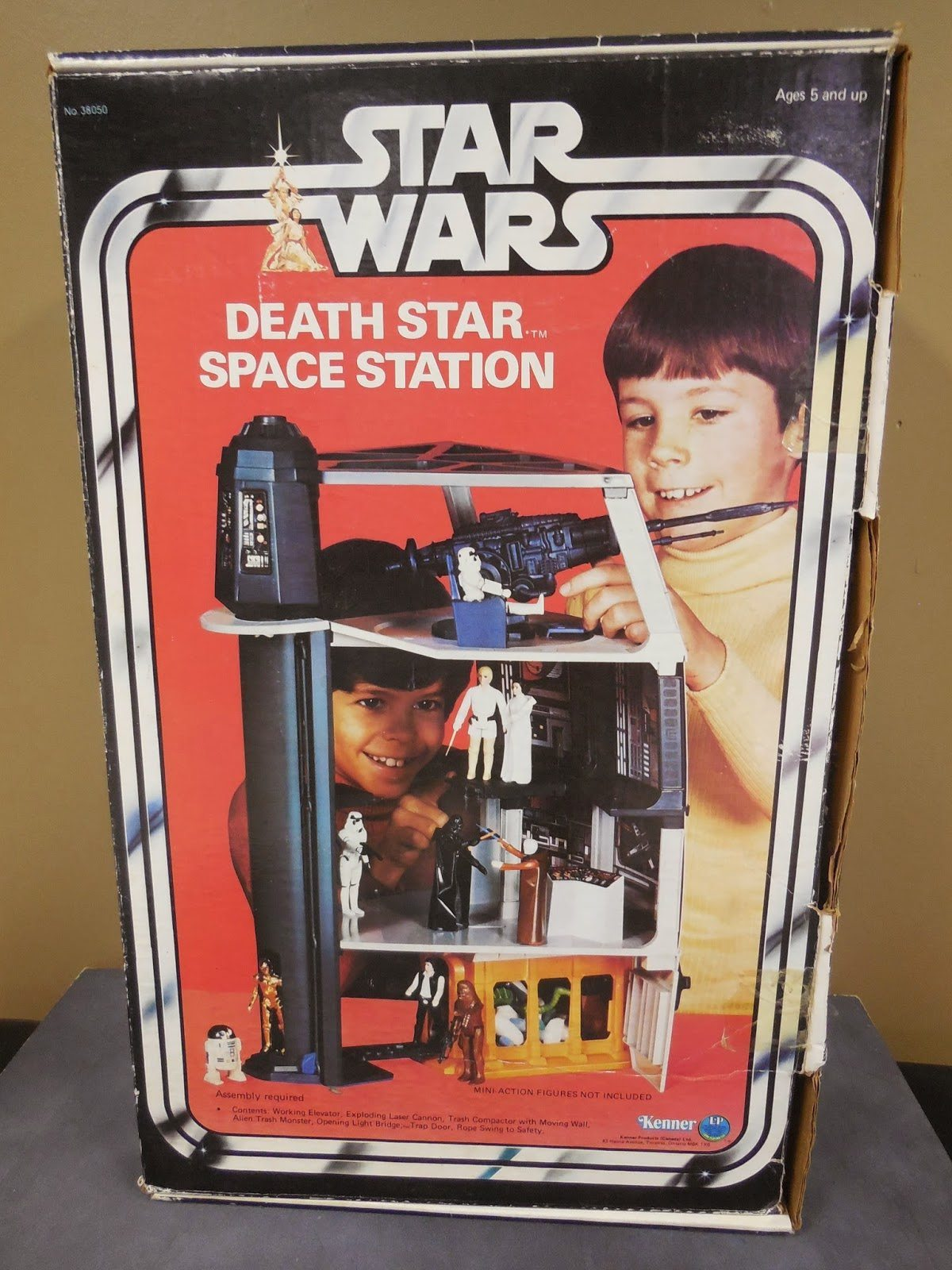 Death Star Space Station (Kenner Canada)